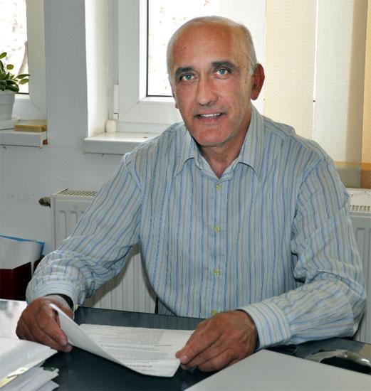 Popoviciu Eugen - viceprimarul comunei Romos