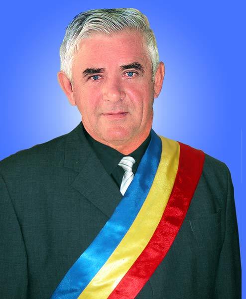 Pătrânjan Mircea - Primarul comunei Romos